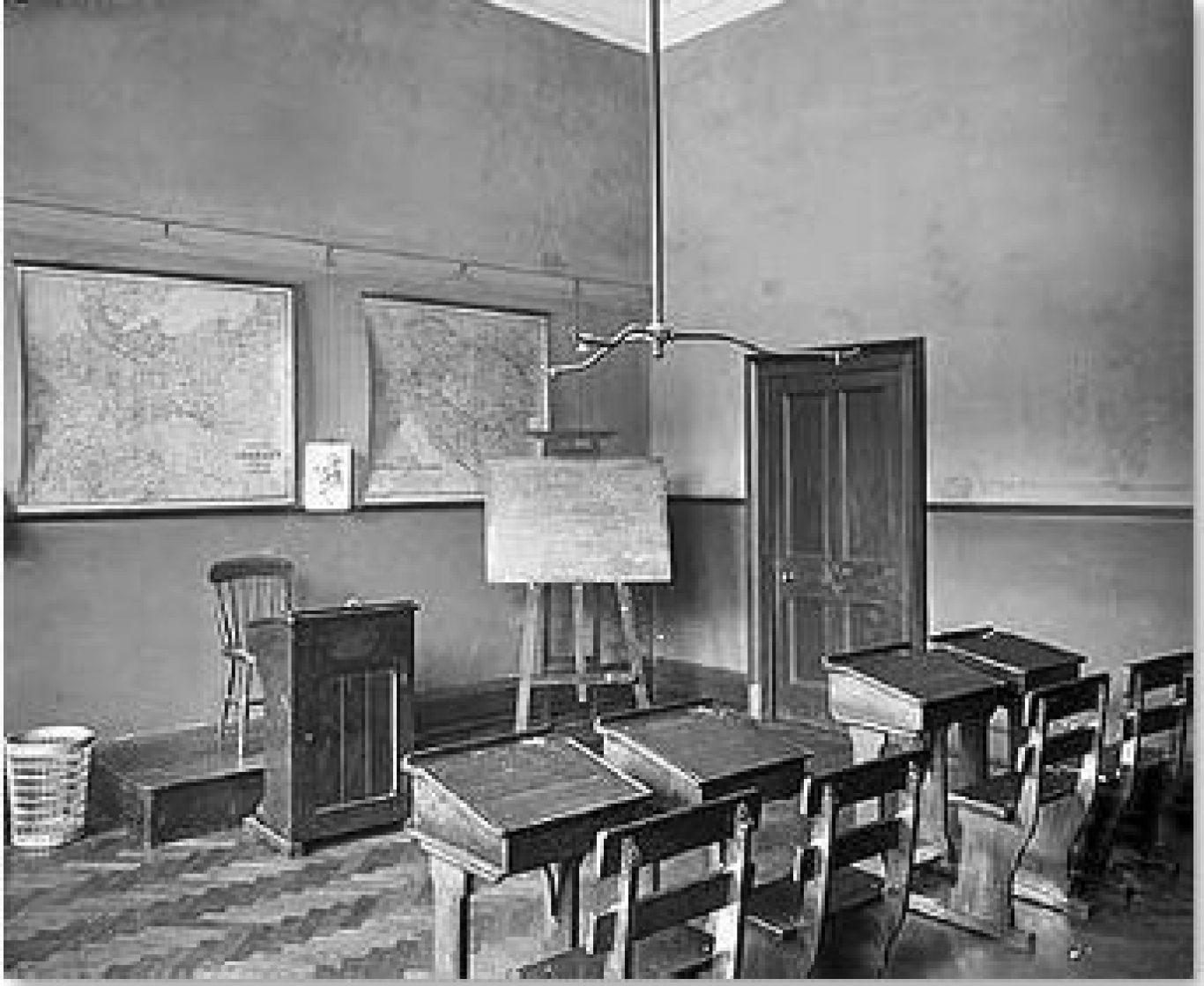 A Classroom 1905